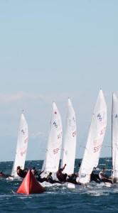 420er-Besatzung Blumenthal/ Hoder gewinnen Spring Cup